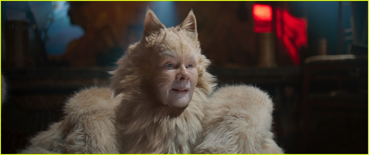 judi dench in cats 014457781
