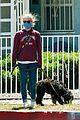 felicity huffman vassar college sweatshirt 03