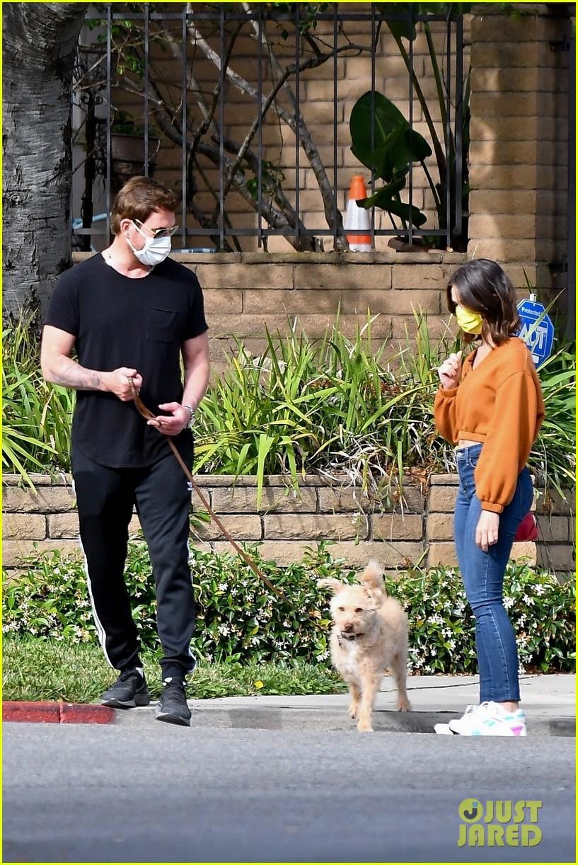 dylan mcdermott walks his dog with model erica souza 034463556