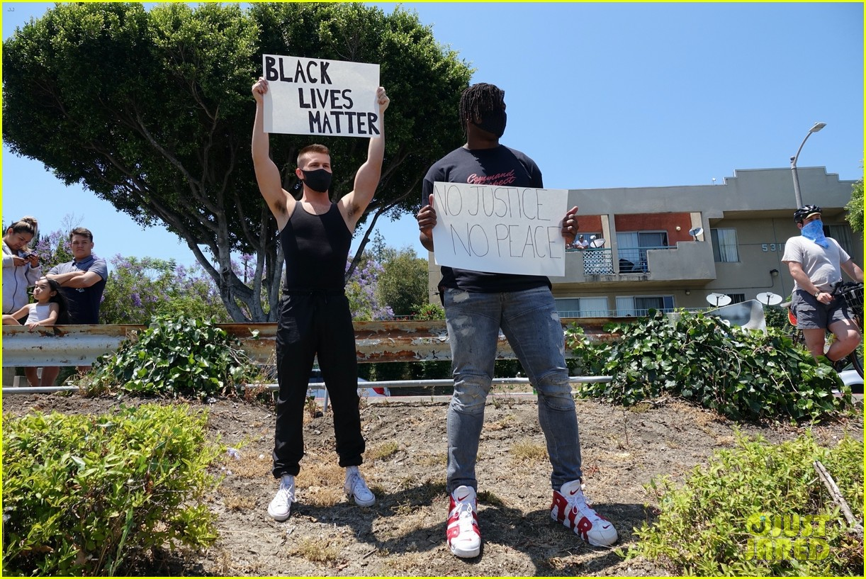 ryan russell corey obrien black lives matter protest 034461886