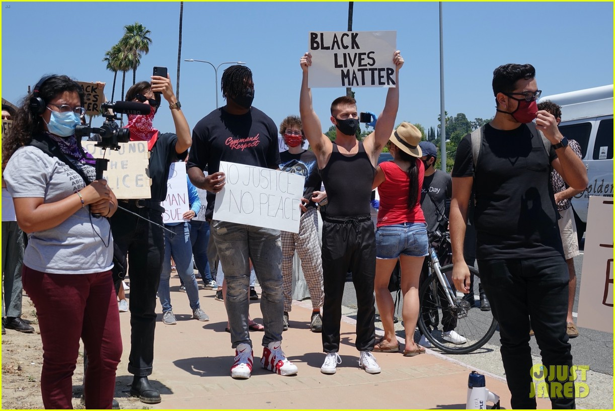 ryan russell corey obrien black lives matter protest 044461887