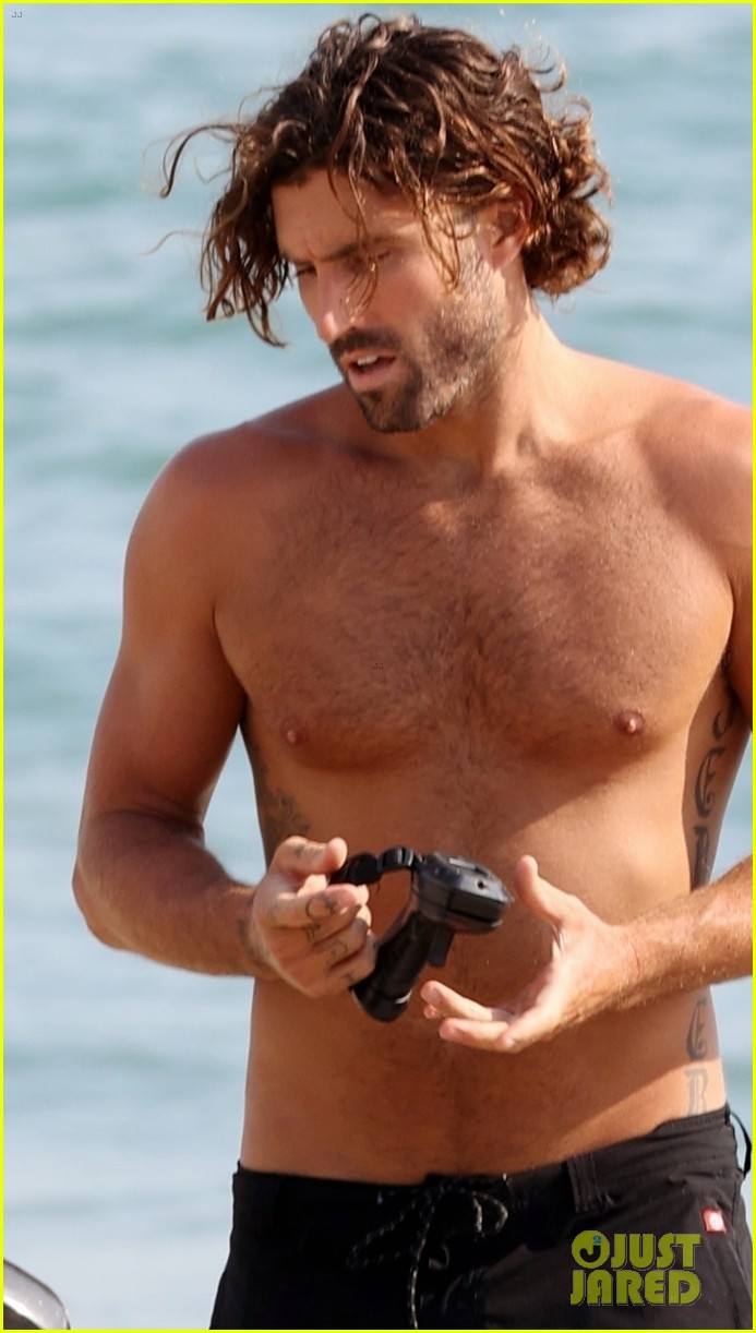 brody jenner shirtless august 2020 024476021
