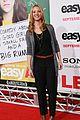 emma stone taylor swift jenner easy a premiere 49