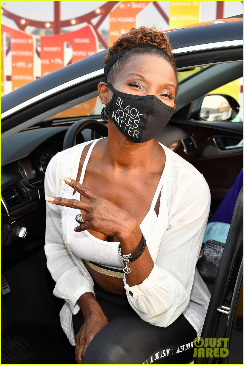 haley lu richardson spiked mask barbie ferriera unpreg drive in 044481883