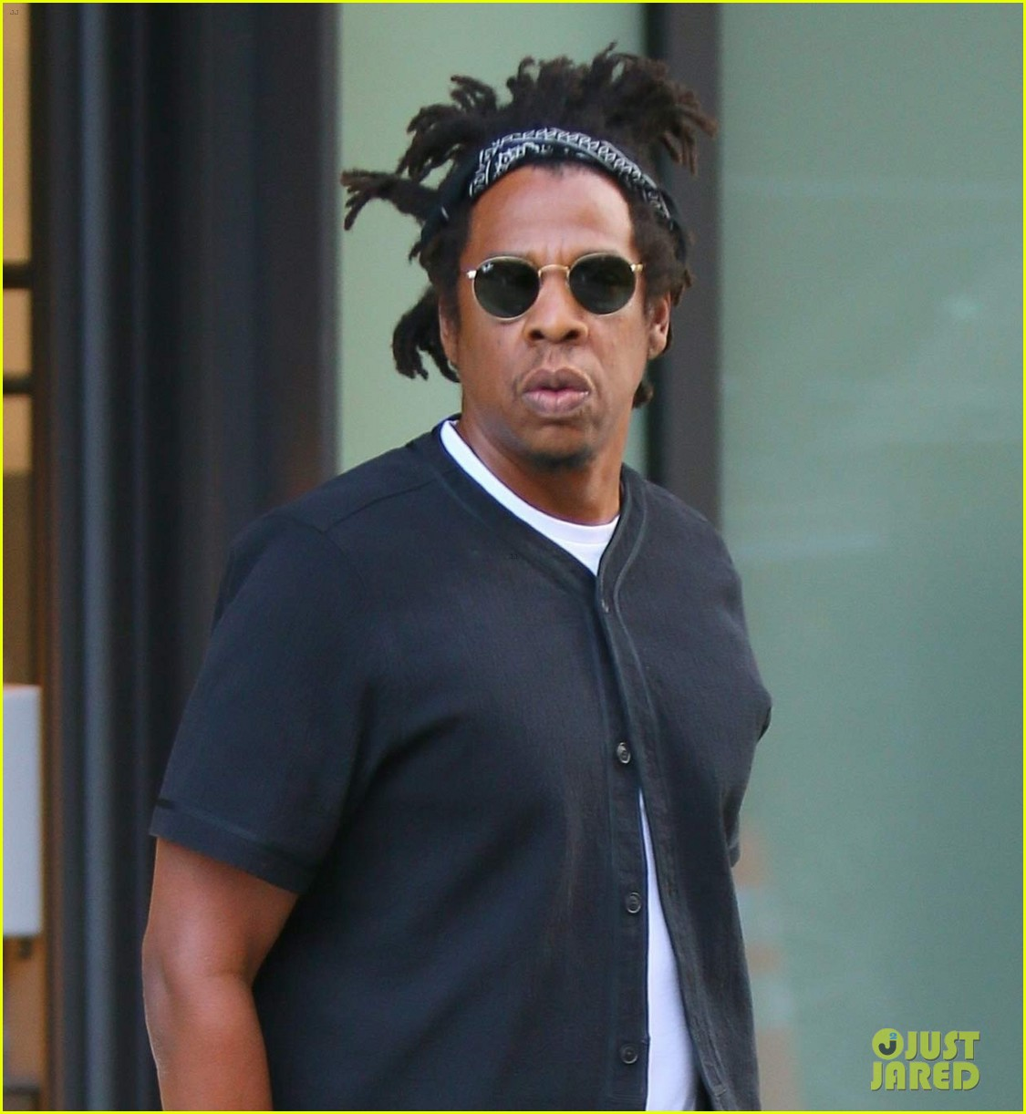 jay z steps out in new york city 044485011