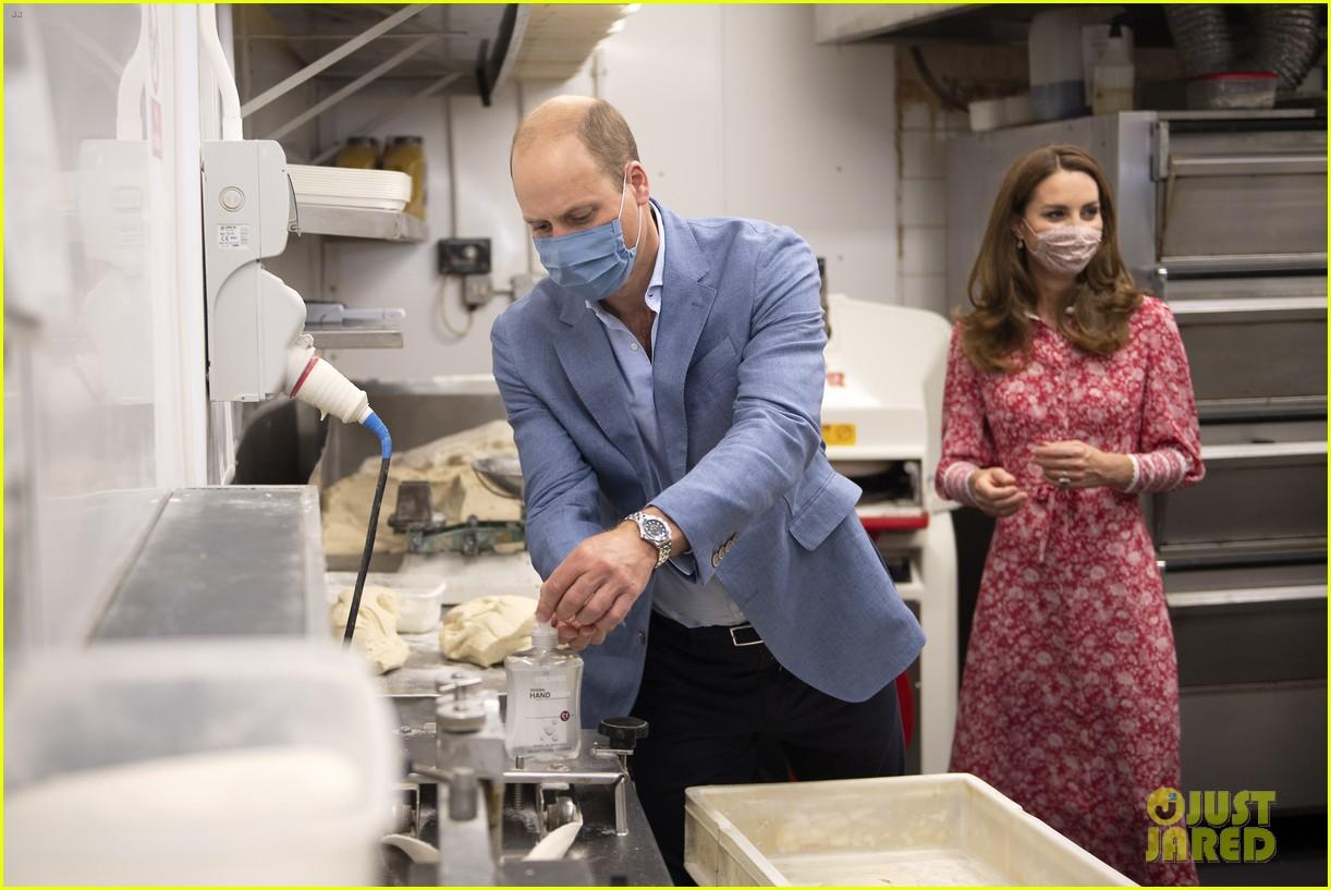 prince william kate middleton bake bread bakery 114483735