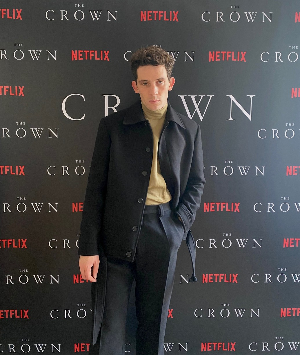 crown cast took own premiere pics at home lockdown 044500061
