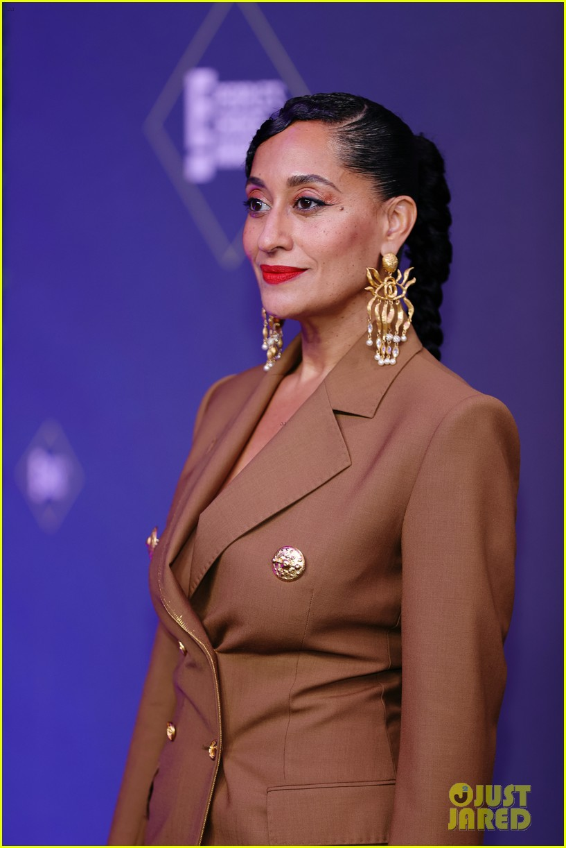 tracee ellis ross peoples choice awards 2020 024501028