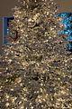 kim kardashian christmas tree and decorations 06