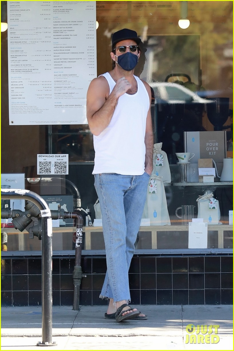 zachary quinto bares some skin on coffee run 034505148
