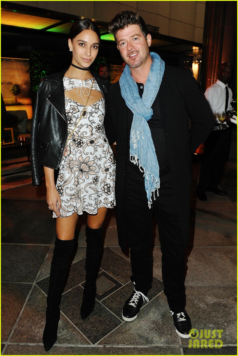 robin thicke april love geary welcome baby 064508011