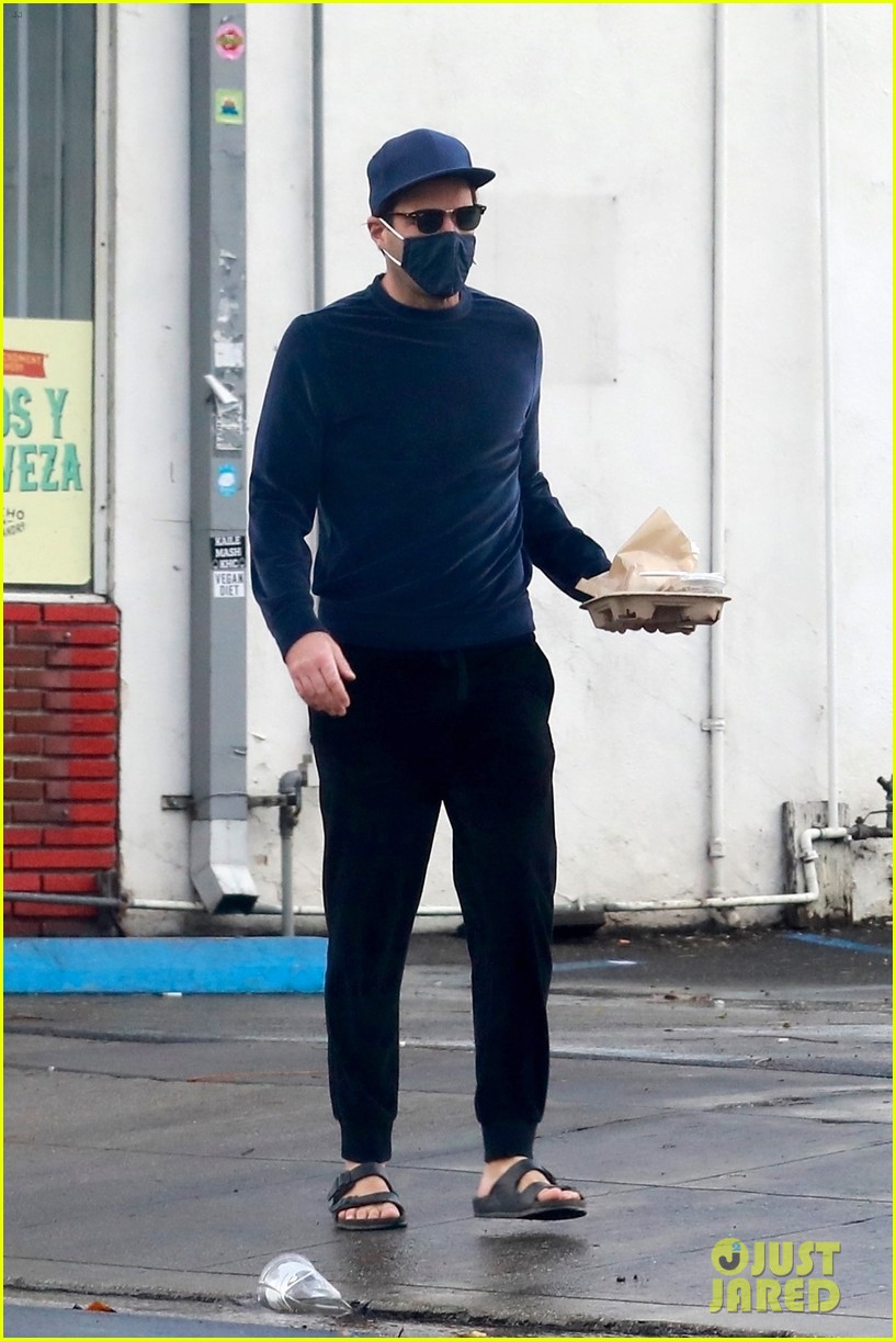 zachary quinto cool in blue picking up breakfast 164512442