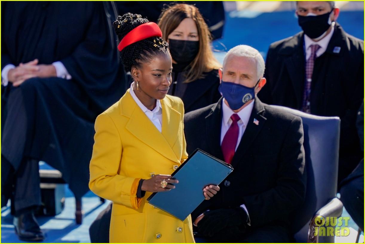 amanda gorman speaking inauguration 2021 074518343