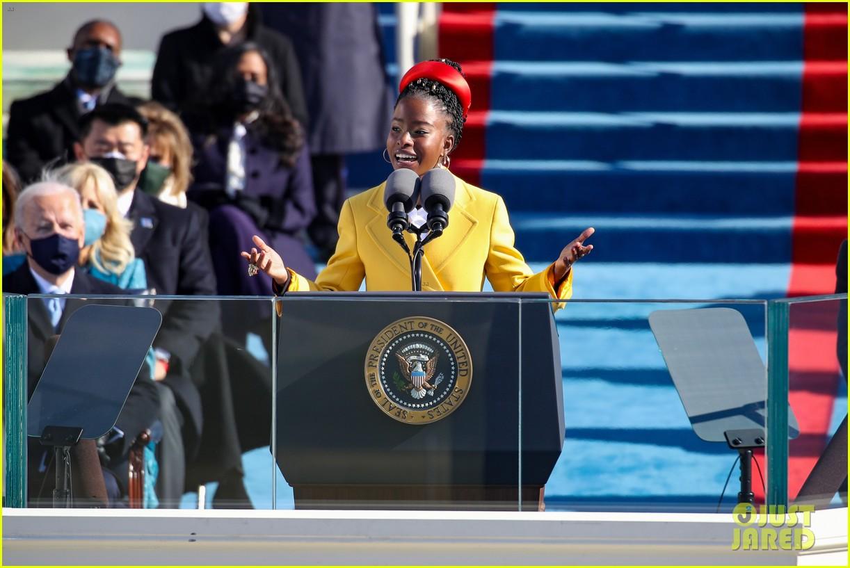 amanda gorman speaking inauguration 2021 114518347
