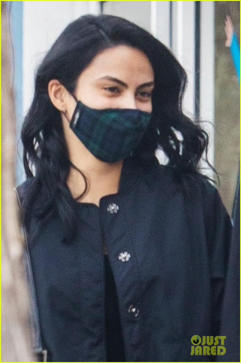 camila mendes grayson vaughan hold hands while out in los angeles 034514107