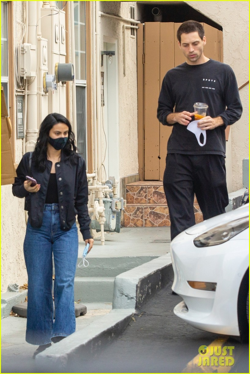 camila mendes grayson vaughan hold hands while out in los angeles 044514108