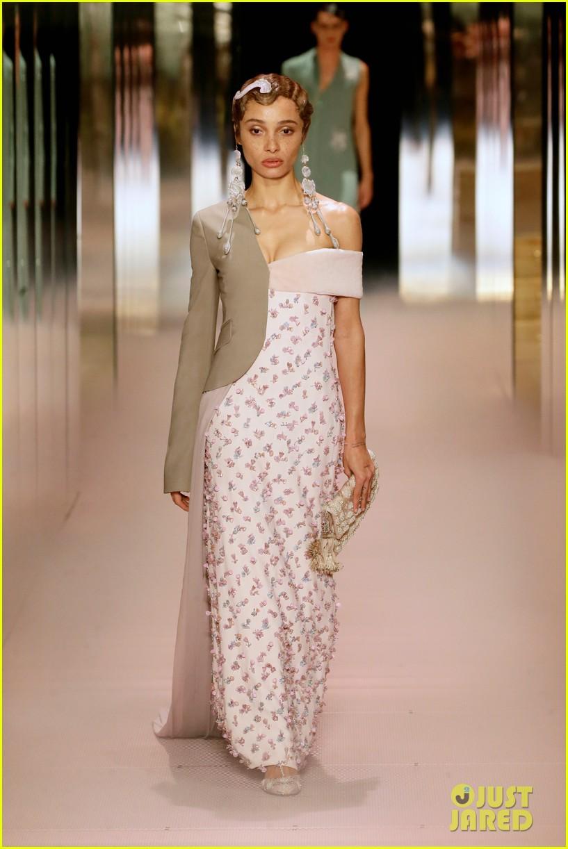 bella hadid returns to the runway fendi fashion show 054520340