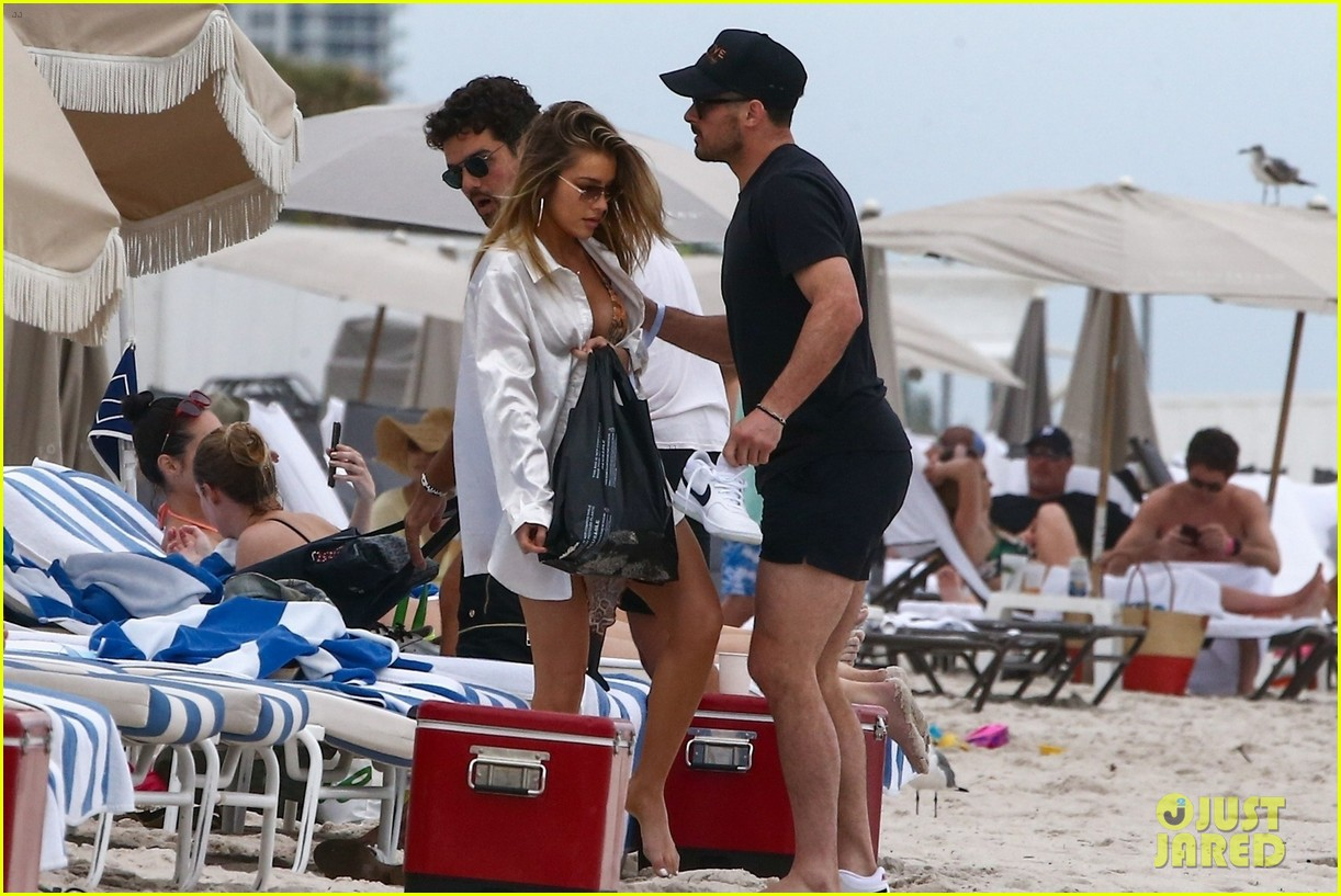 danny amendola jean watts pda day at beach 464527439