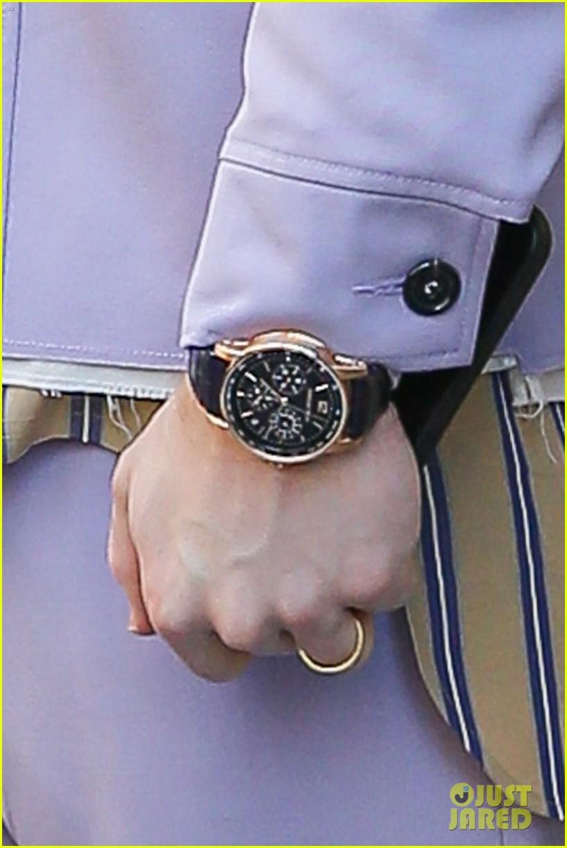 nick jonas cool fashion in nyc 044527690