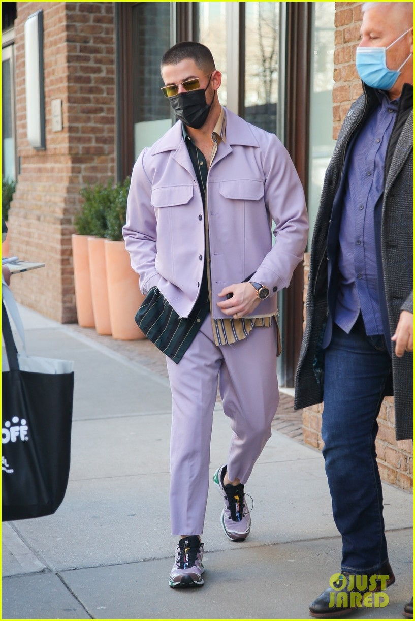 nick jonas cool fashion in nyc 194527705