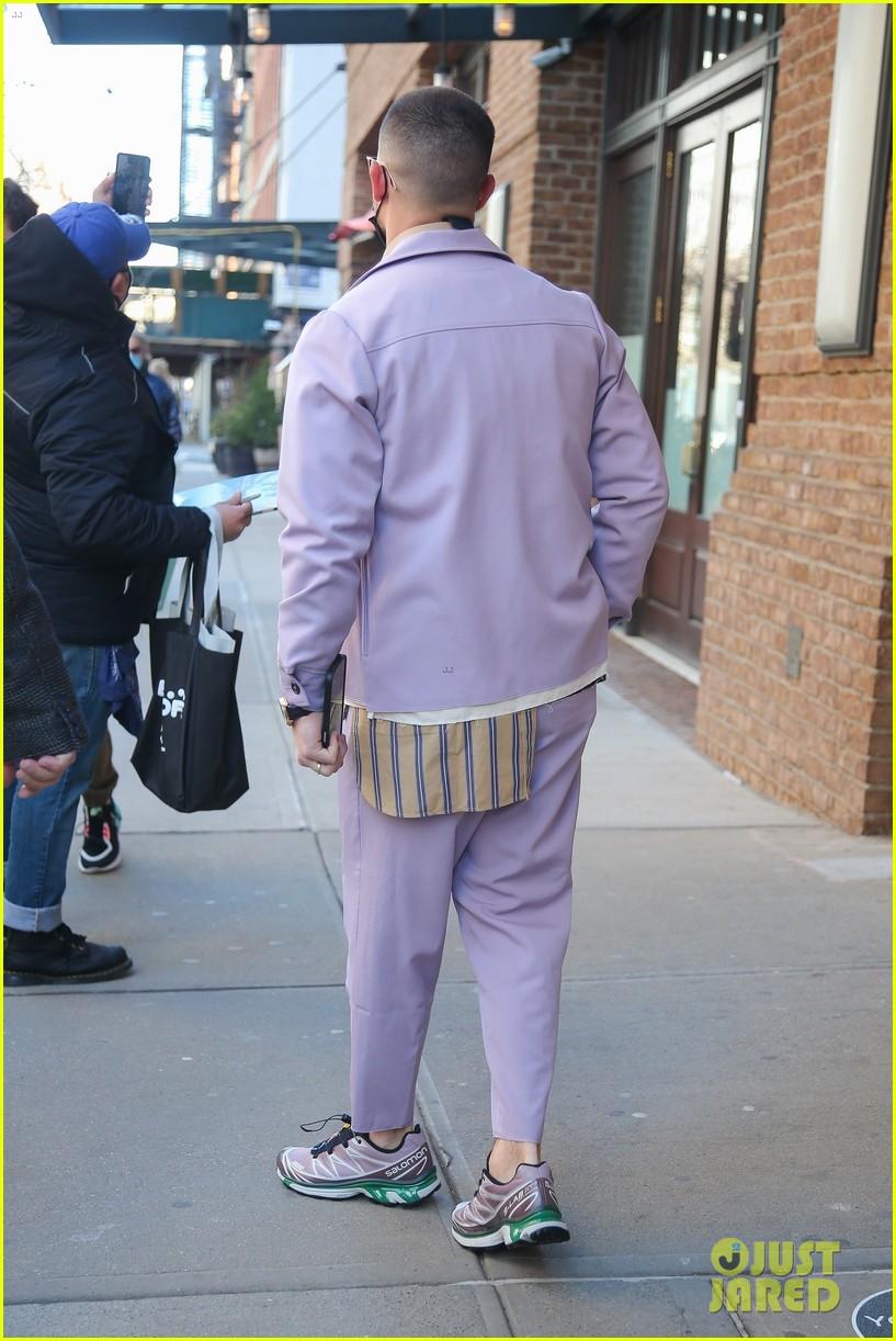 nick jonas cool fashion in nyc 214527707