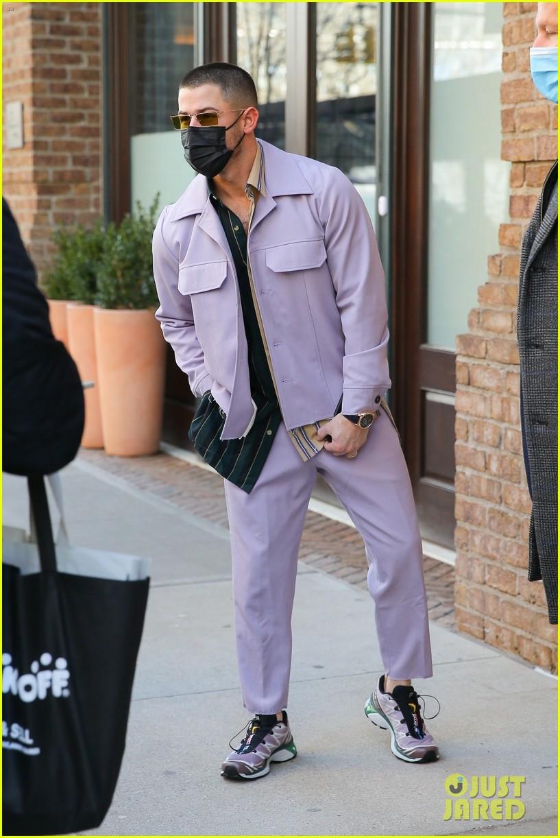 nick jonas cool fashion in nyc 274527713