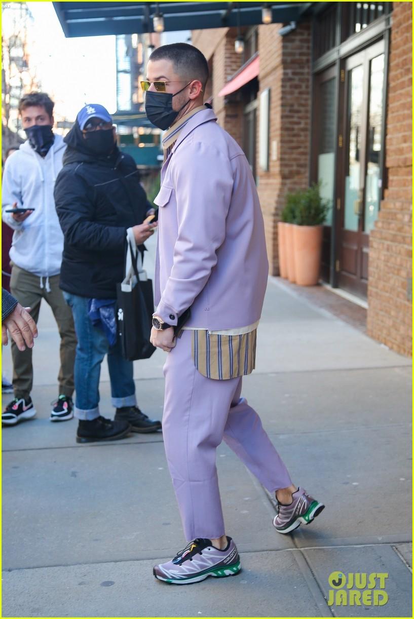 nick jonas cool fashion in nyc 35