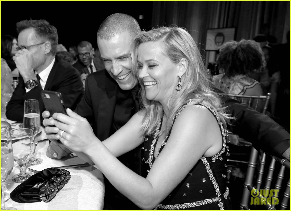 reese witherspoon celebrates anniversary jim toth 074536476