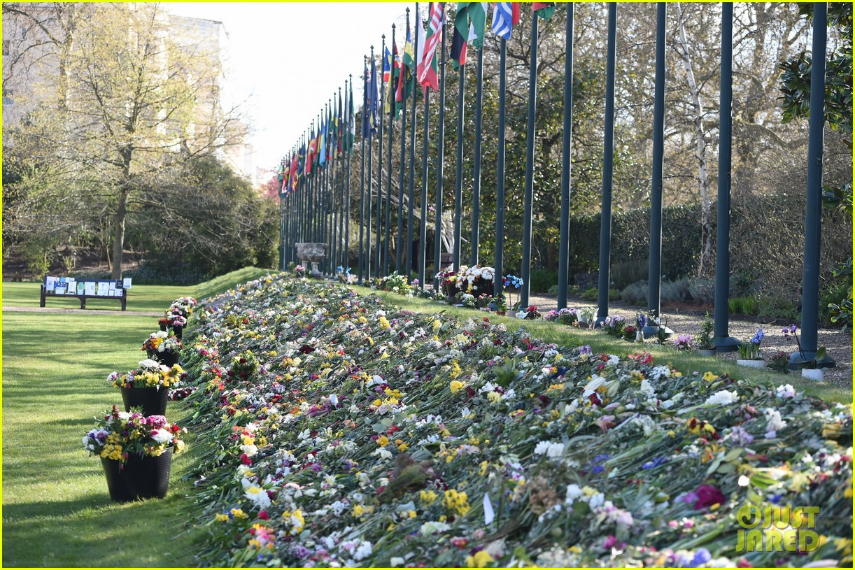 prince charles camilla prince philip memorial 094542397