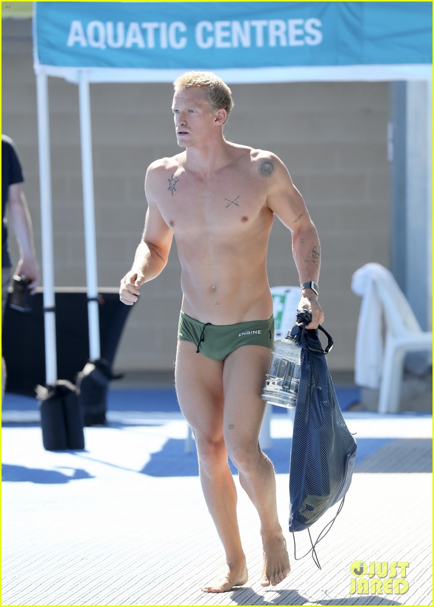 cody simpson speedo at swim practice 034542515