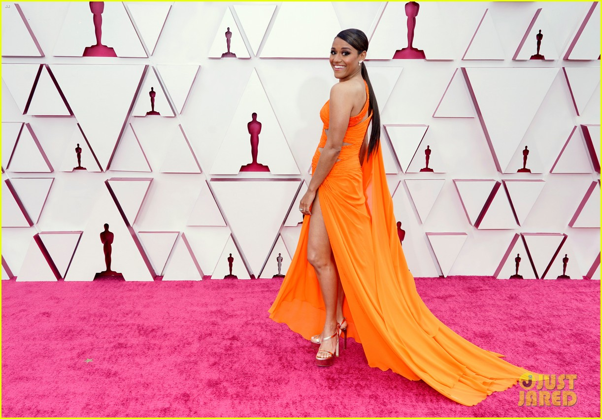 ariana debose lil rel howery oscars 2021 red carpet 014547533
