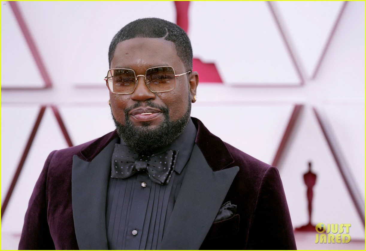 ariana debose lil rel howery oscars 2021 red carpet 154547547