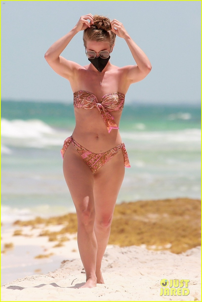 julianne hough goes for dip in ocean mexican vacation 174549514