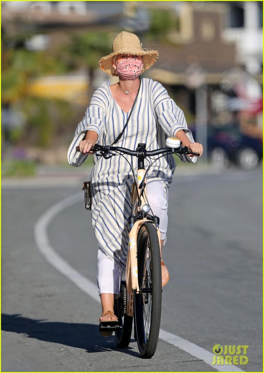 katy perry orlando bloom bikes april 2021 034539811