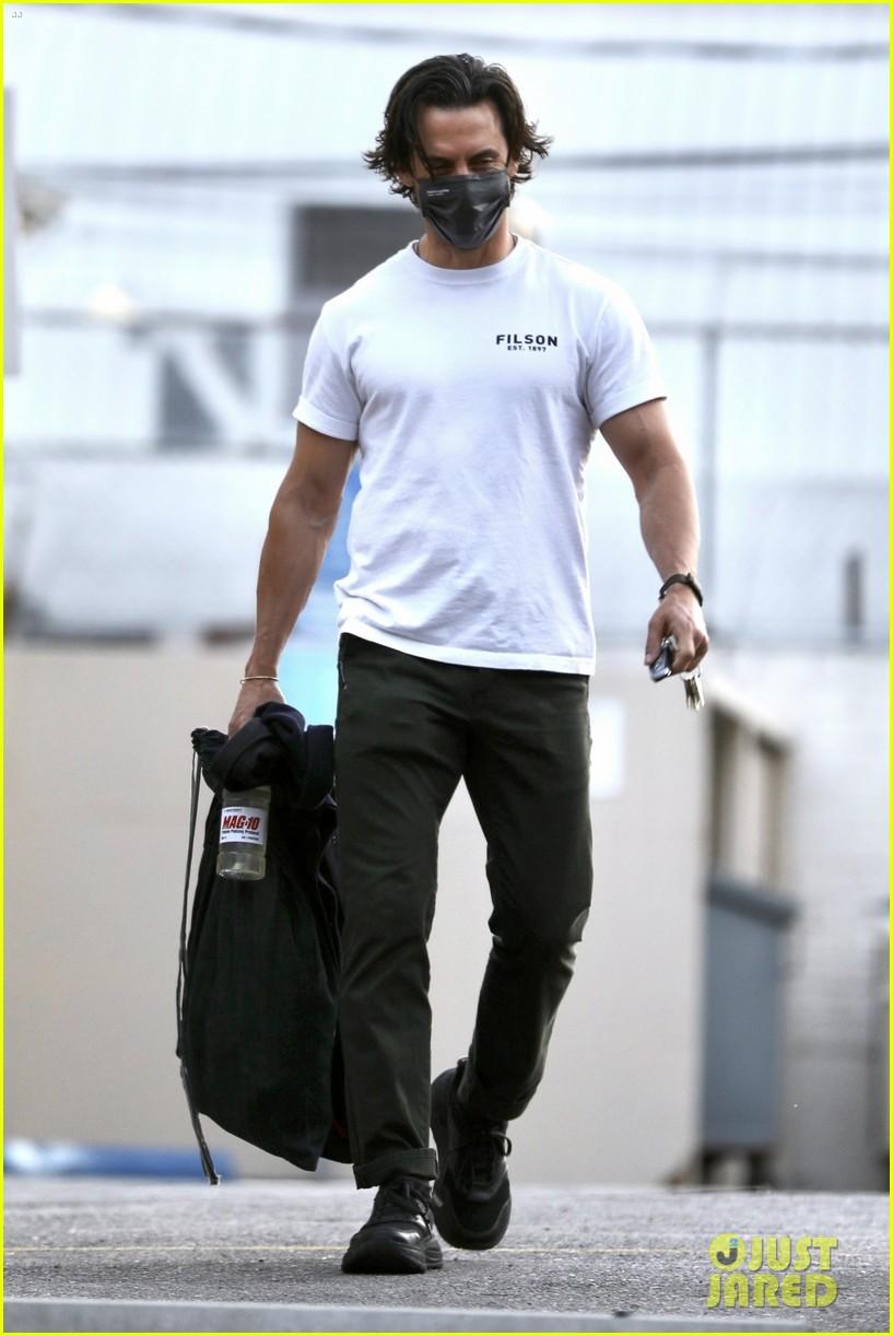 milo ventimiglia sports tight t shirt for workout 124543996
