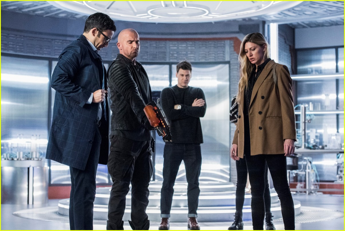 dominic purcell leaving legends of tomorrow 134544143