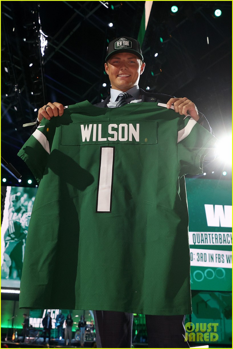 zach wilson at the nfl draft 034549862