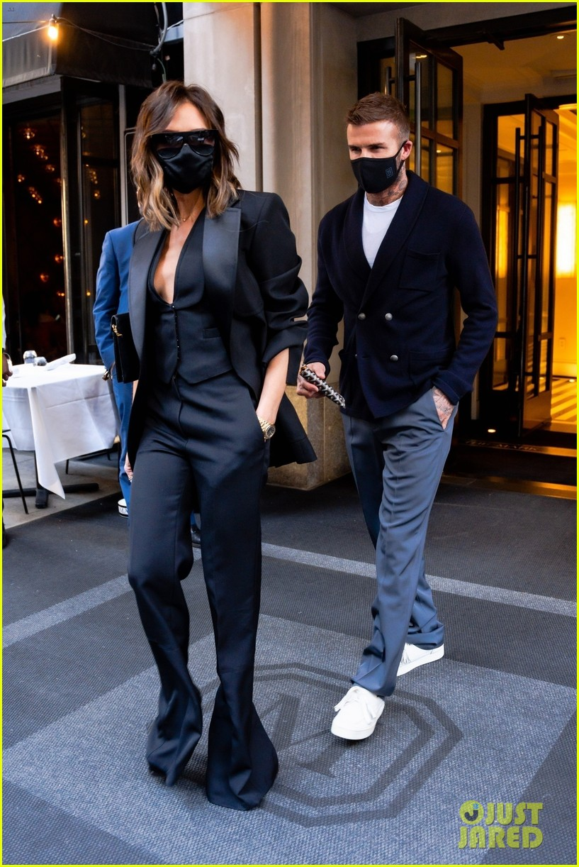 david victoria beckham leave nyc hotel for dinner date 024560757
