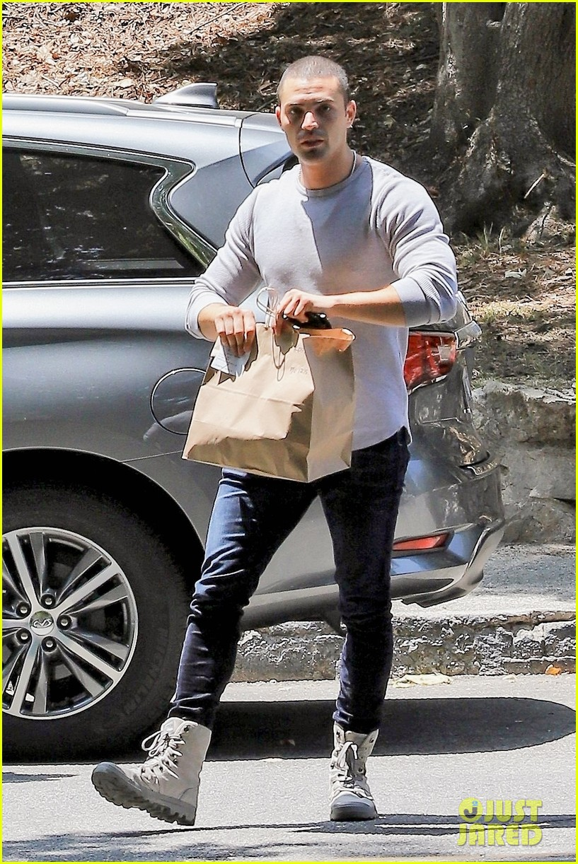 kristen bell lunch with benjamin levy aguilar 054553577