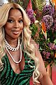 Photo 56 of Mary J. Blige Looks Stunning While Being Inducted Into The Apollo's Walk of Fame!