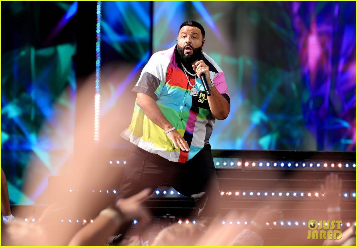 her dj khaled migos perform billboard music awards 024559219