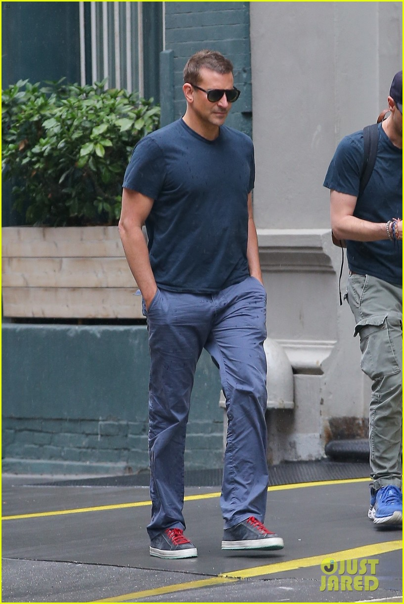 bradley cooper meets up with a friend for walk around nyc 014575758