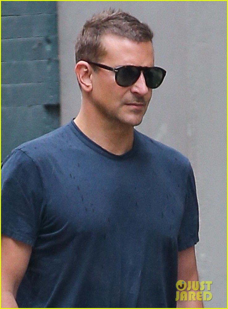 bradley cooper meets up with a friend for walk around nyc 024575759