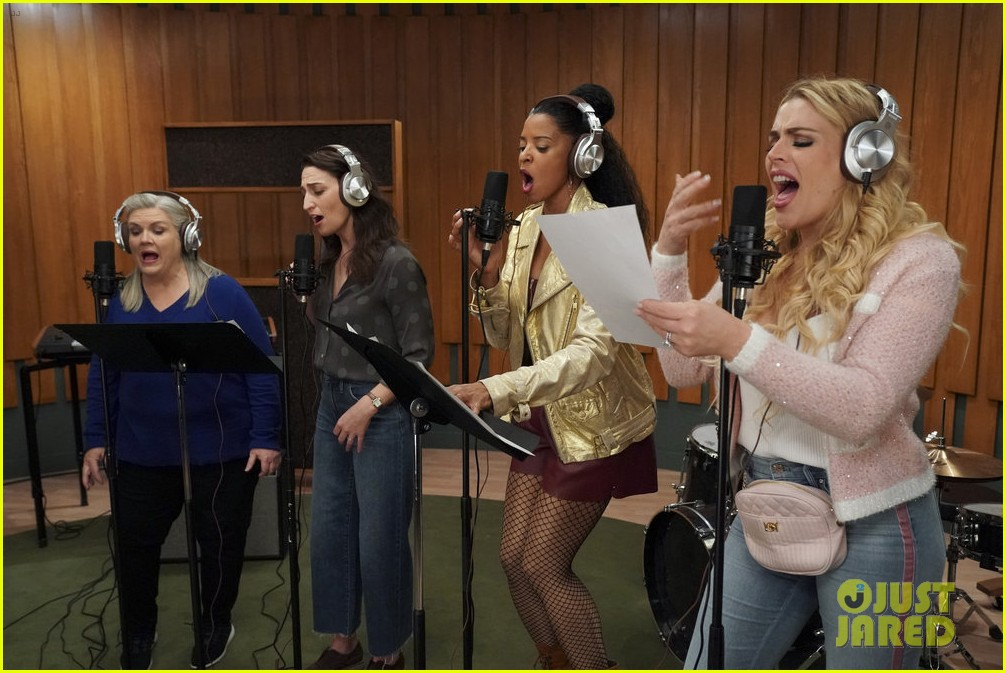 girls5eva renewed season two cast reacts 064570203