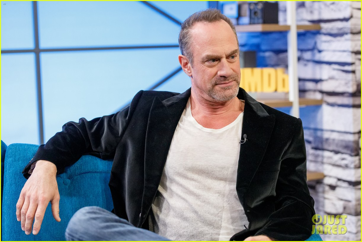 christopher meloni shares his thoughts on being called zaddy 044569798