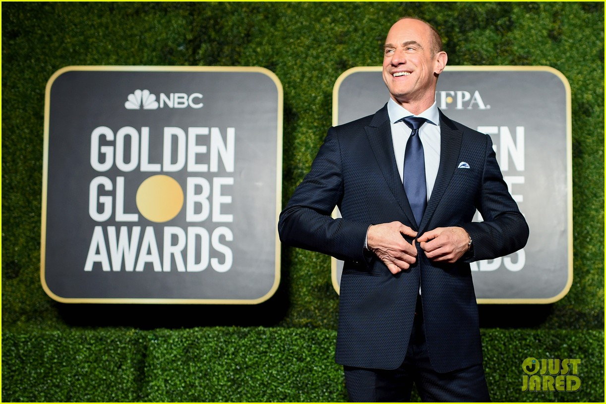christopher meloni shares his thoughts on being called zaddy 054569799