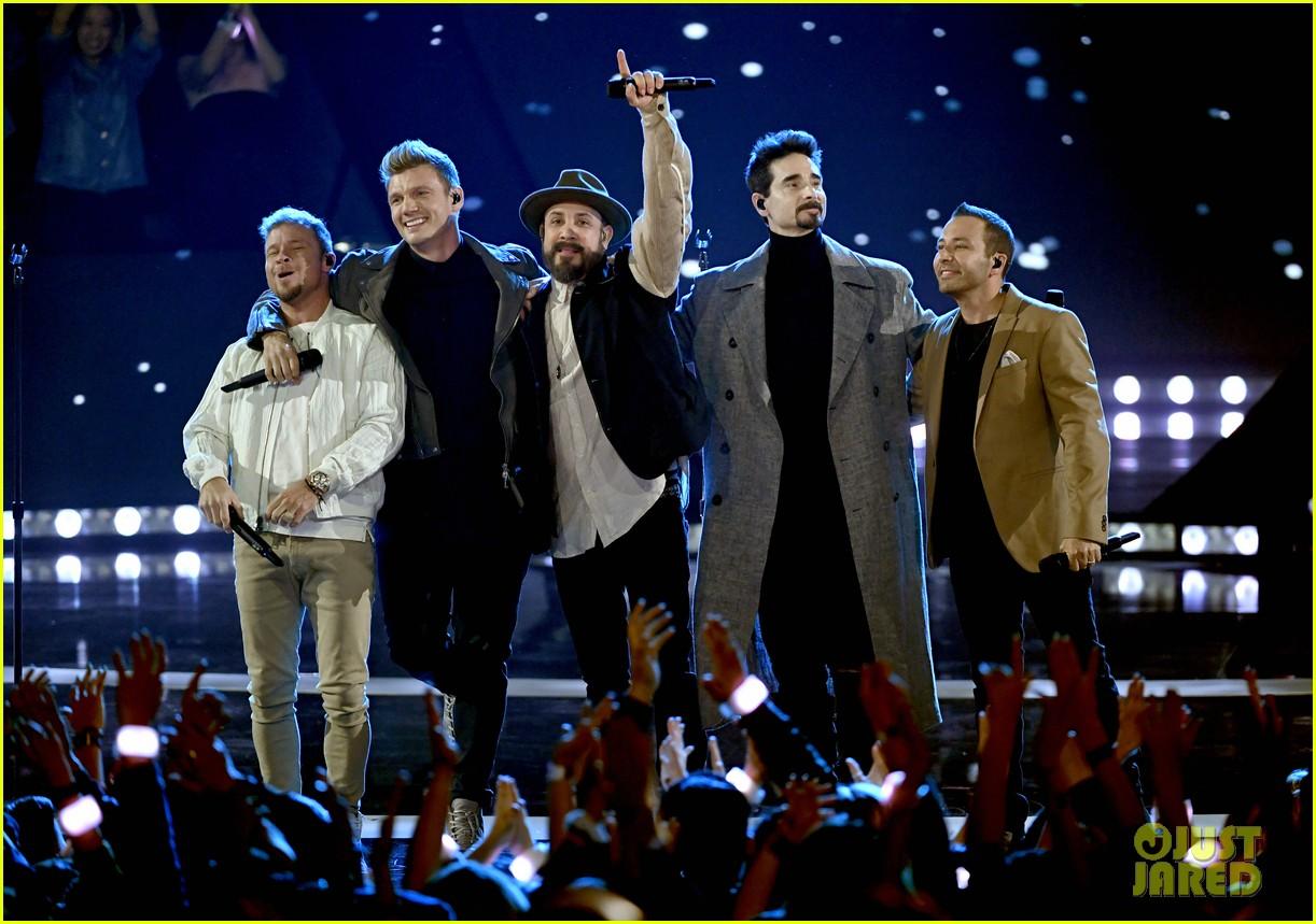 backstreet boys returning to vegas for christmas show 014587176