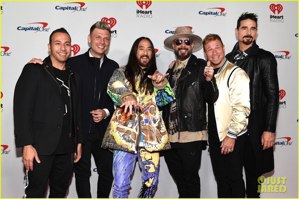 backstreet boys returning to vegas for christmas show 05