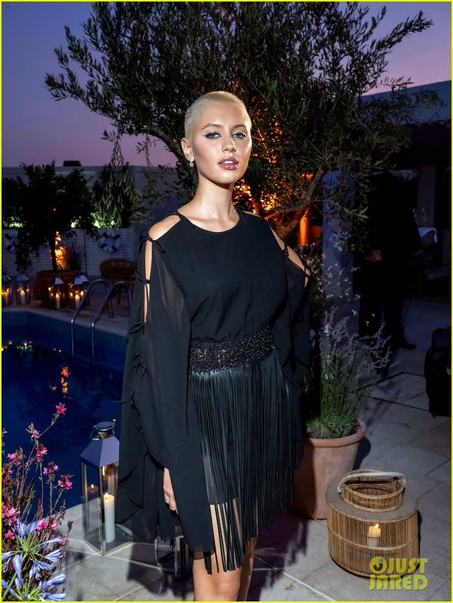 bella hadid rocks corset for dior dinner in cannes 054586242