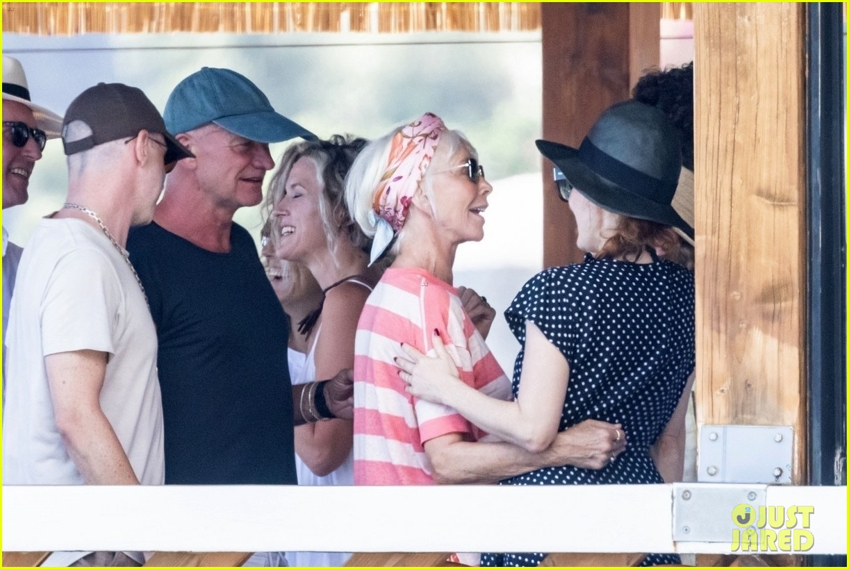 jessica chastain runs into sting in italy 044591675